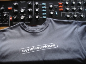 Synthcurious